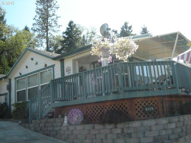 324 Knoll Terrace Dr, Canyonville, OR