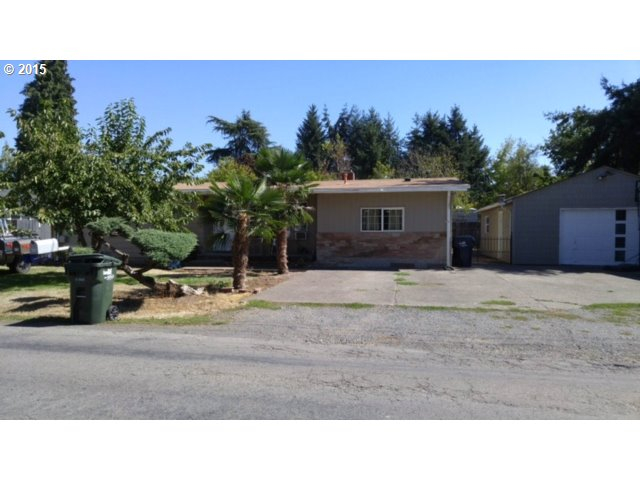 619 N 54th St, Springfield, OR