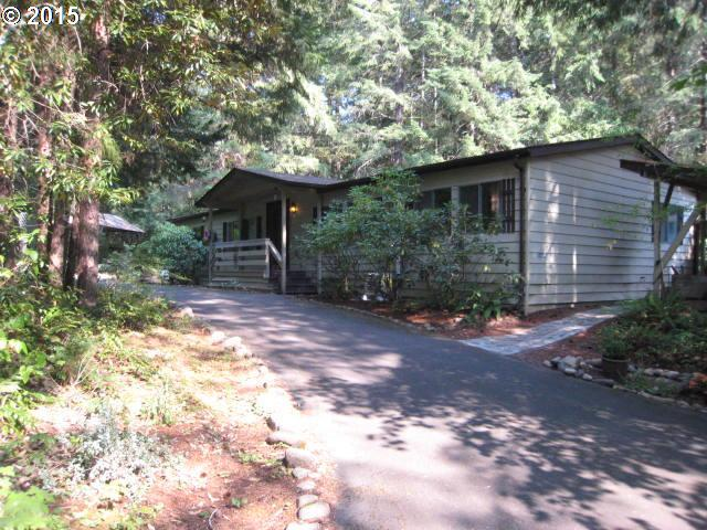 56299 Hall Dr, Blue River, OR