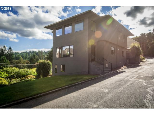 211 NW Maywood Dr, Portland, OR