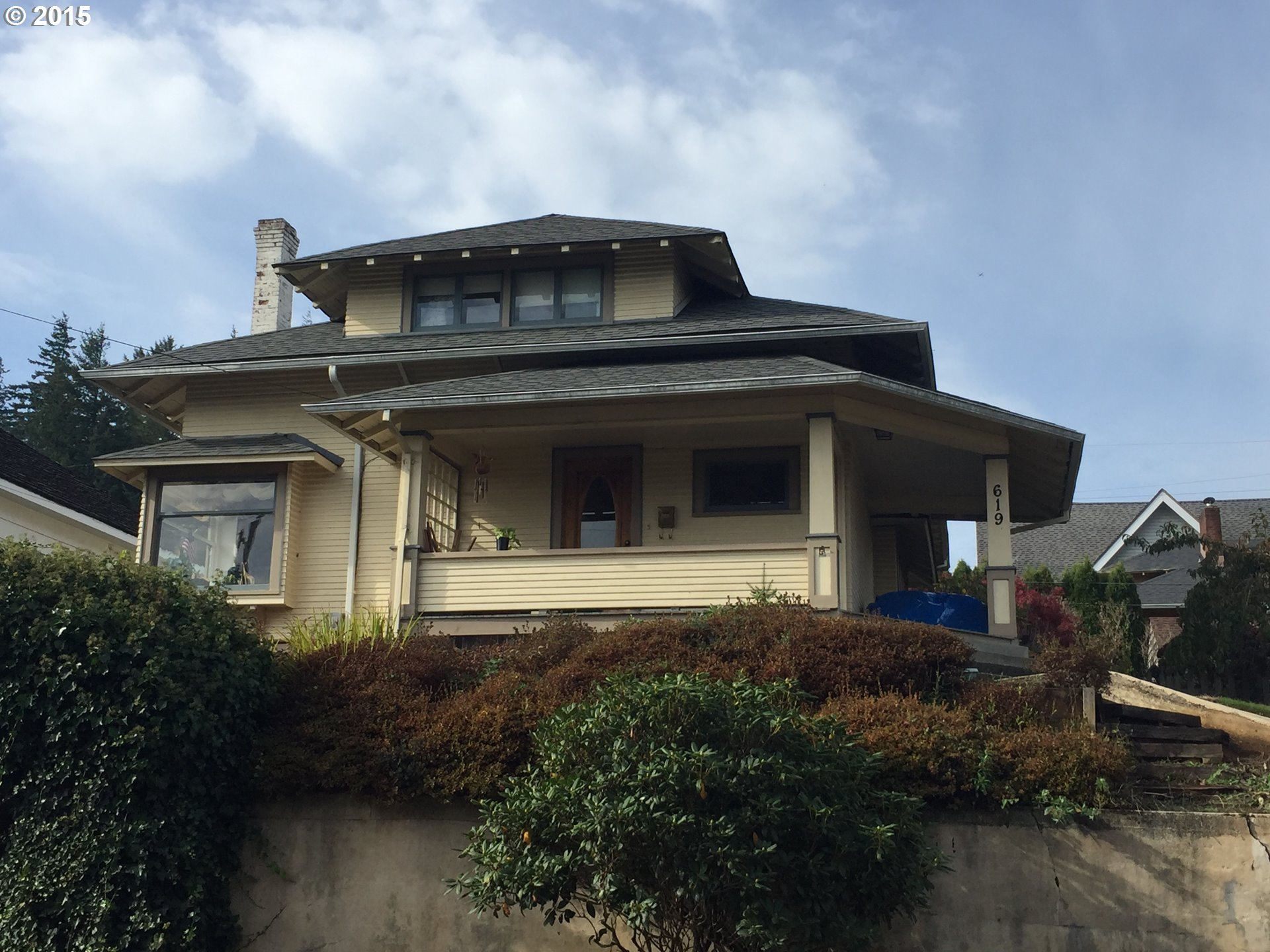 619 S 11th St, Coos Bay, OR