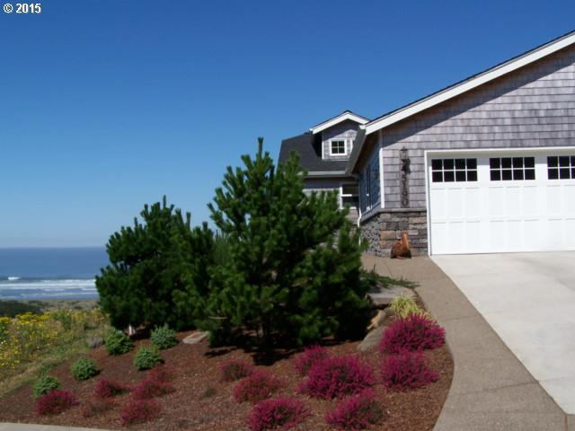 45190 Proposal Point Dr, Tillamook OR 97141