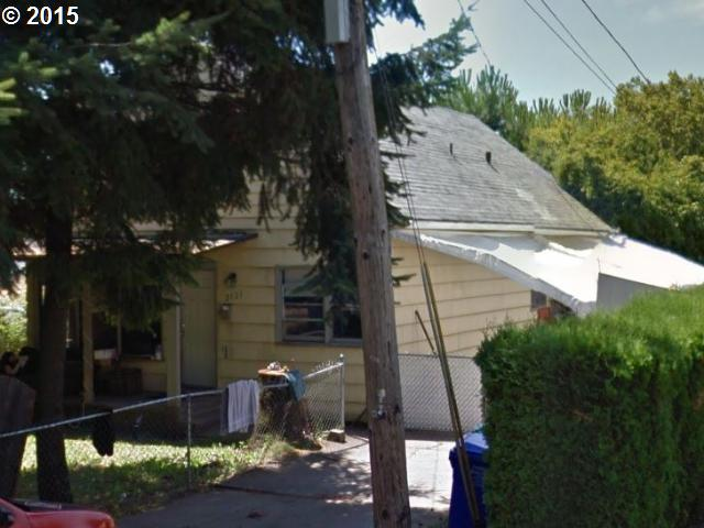 2121 SE 84th Ave, Portland, OR