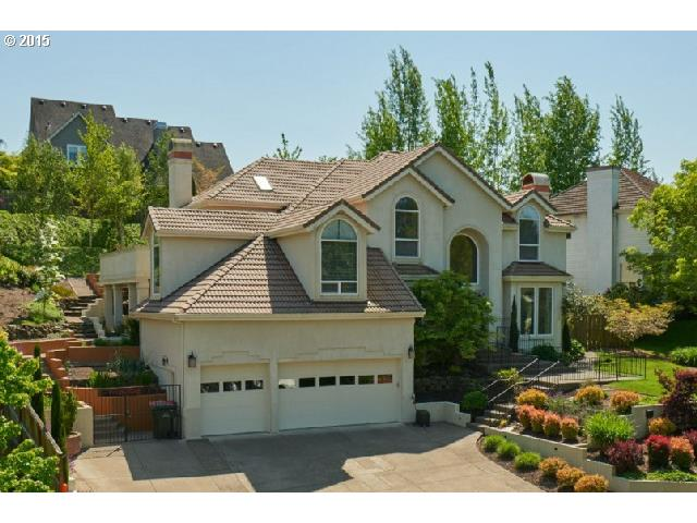 1020 NW Baker Crest Ct, Mcminnville, OR