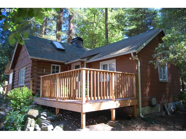 110 SE Sandy Dell Rd, Troutdale, OR