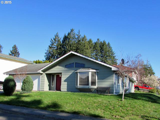 810 Midland Way, Brookings, OR