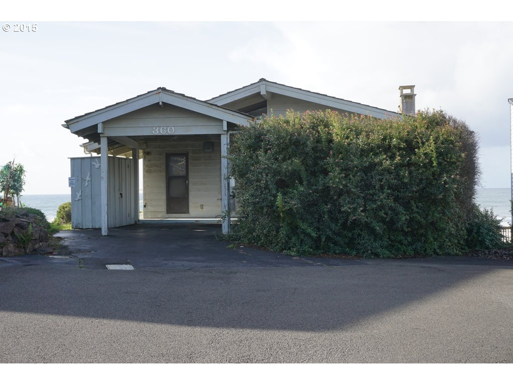 360 Monterey Ave, Lincoln City, OR