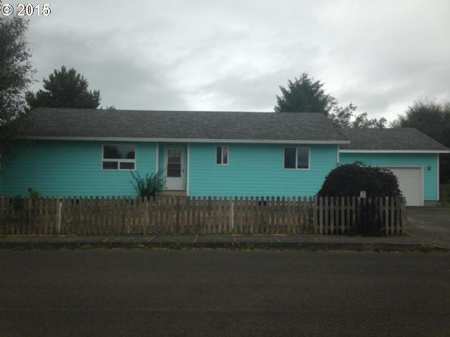 608 Beachwood Ave, Tillamook OR 97141