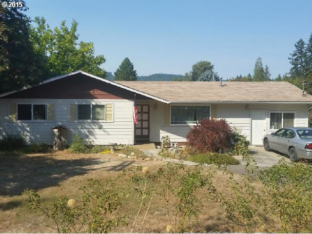 180 Hamlin Dr, Canyonville, OR