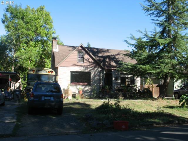 2435 Onyx St, Eugene, OR