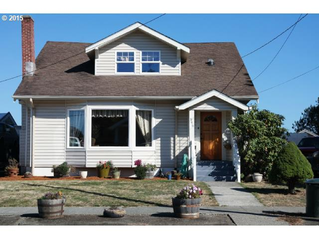 946 S 4th, Coos Bay, OR