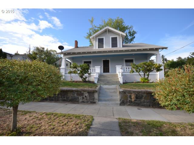 122 W 11th St, The Dalles, OR