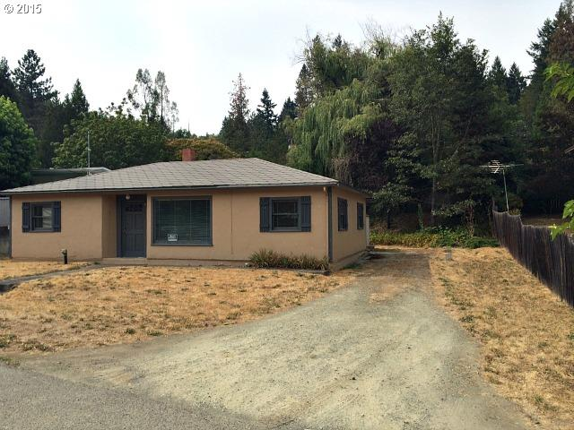 470 NW Harrison St, Canyonville, OR