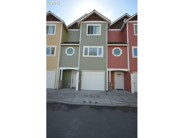 1002 W 8th Pl, The Dalles, OR