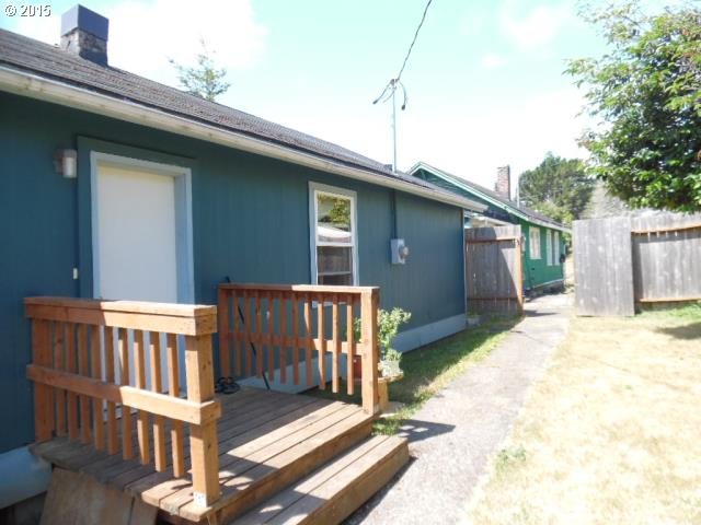 948 S 8th, Coos Bay, OR