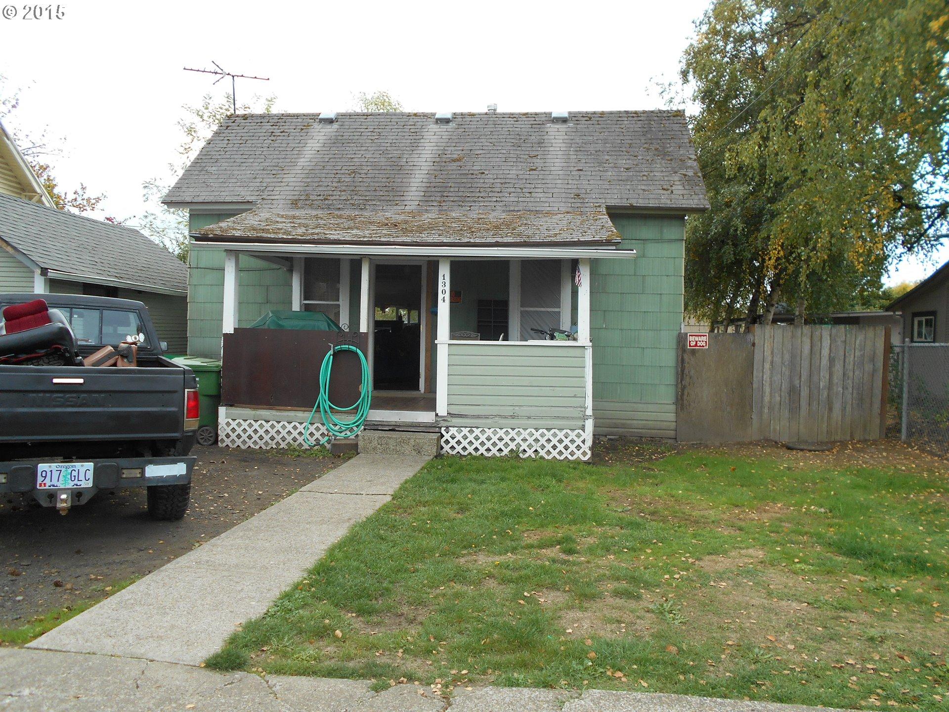 1304 E 9th St, Newberg, OR