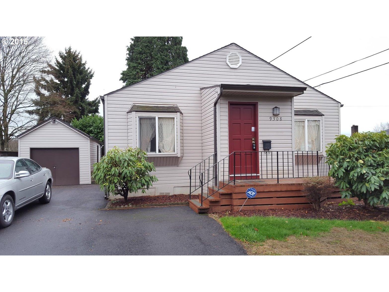 9308 E Burnside St, Portland, OR