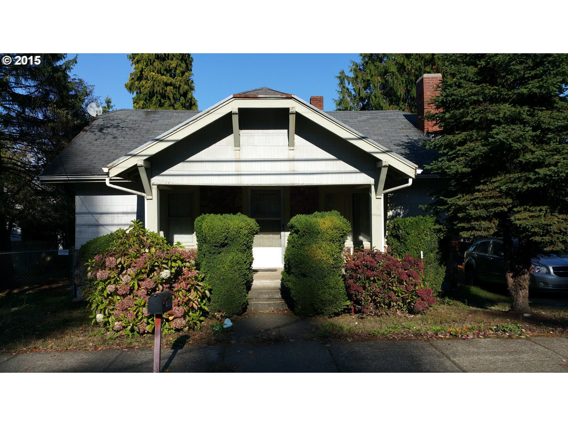 11909 SE Foster Rd, Portland, OR