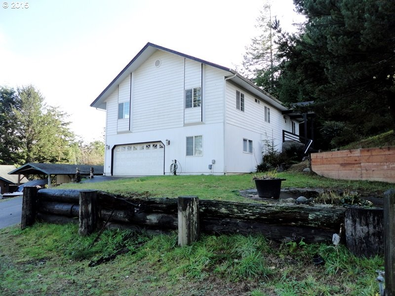 91110 Cape Arago Hy, Coos Bay, OR