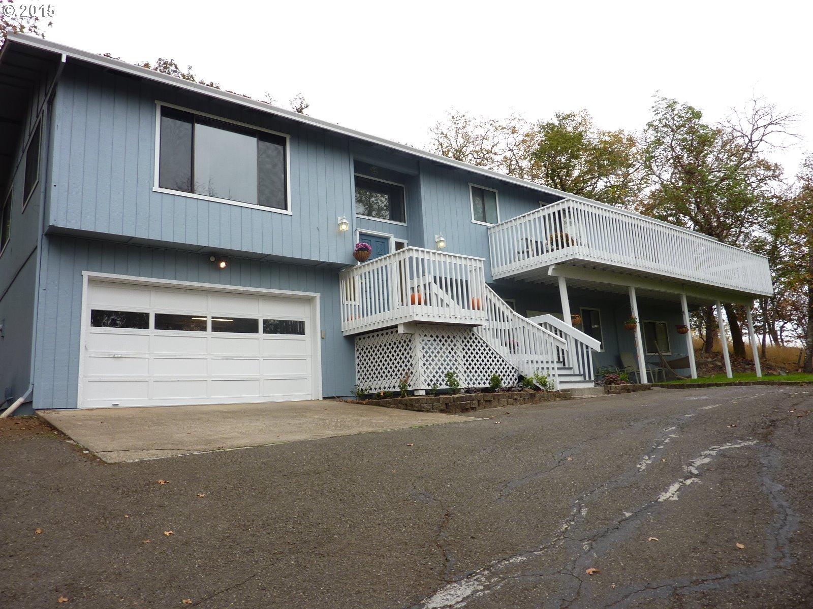 807 NE Garden Valley Blvd, Roseburg, OR
