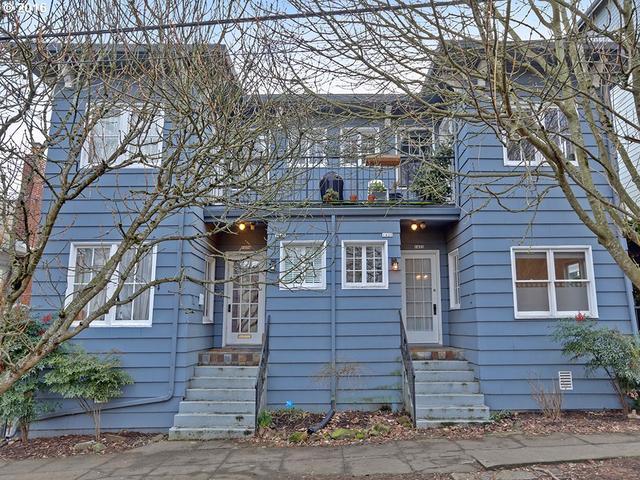 1422 SE 30th Ave, Portland OR 97214