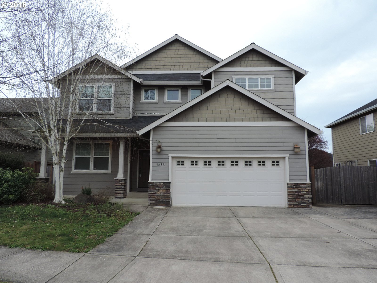 1833 NW Cottonwood Dr, Mcminnville, OR