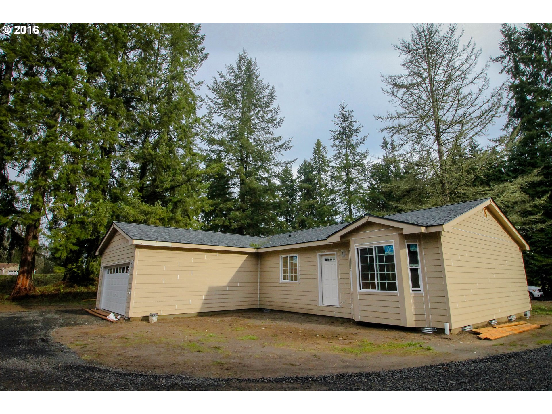 239 Umiker Rd, Castle Rock, WA