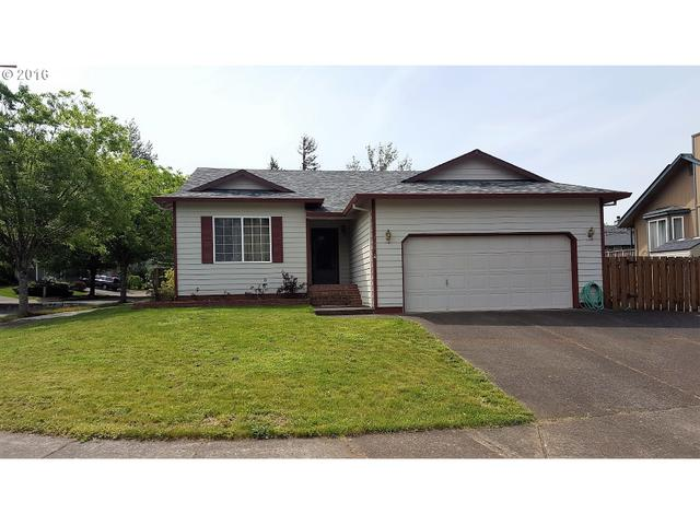 768 SE 10th St, Troutdale, OR