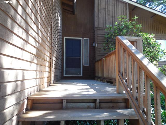 Loans near  SW Leslie St, Portland OR
