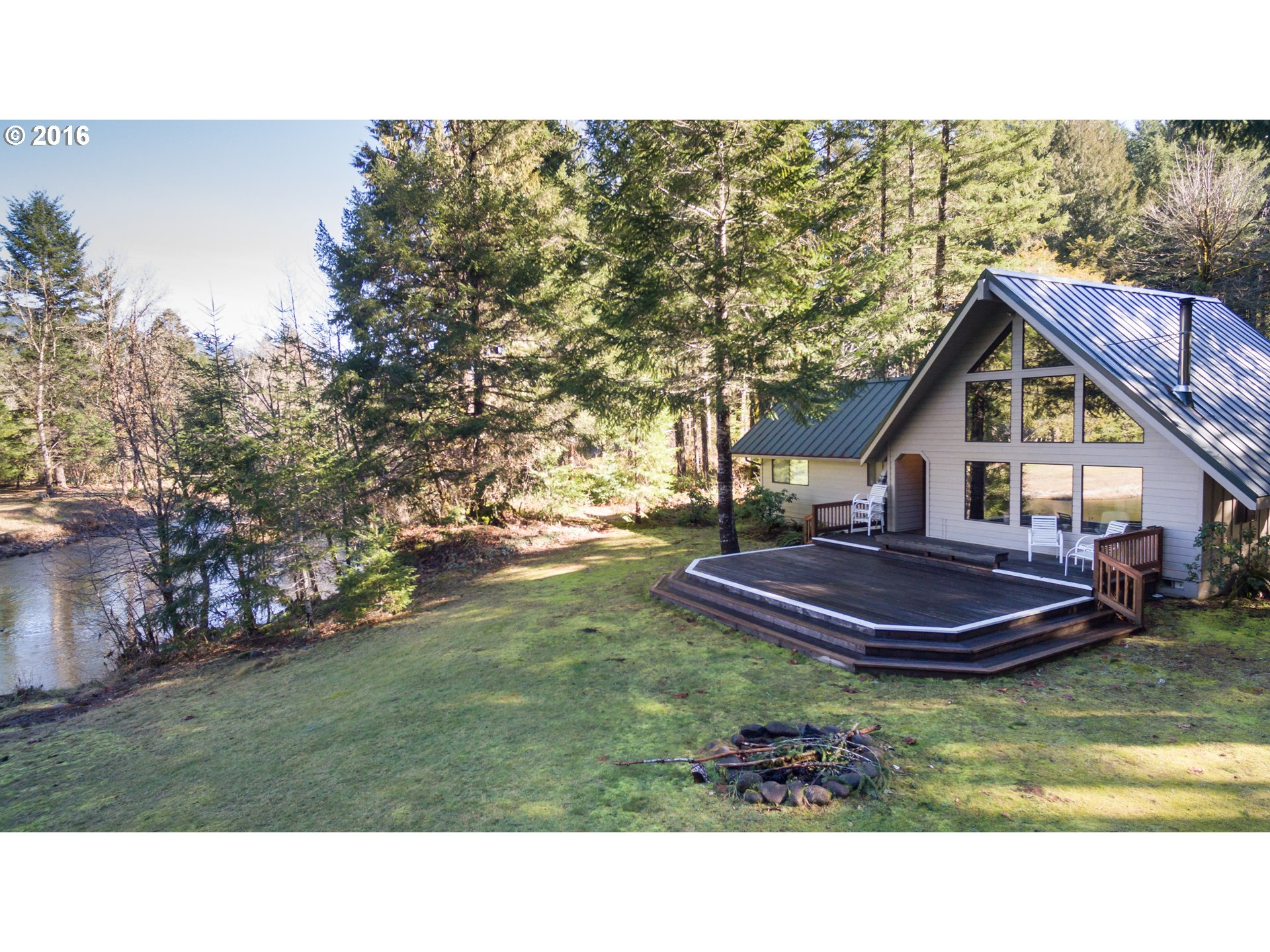 54221 W King Rd, Blue River, OR
