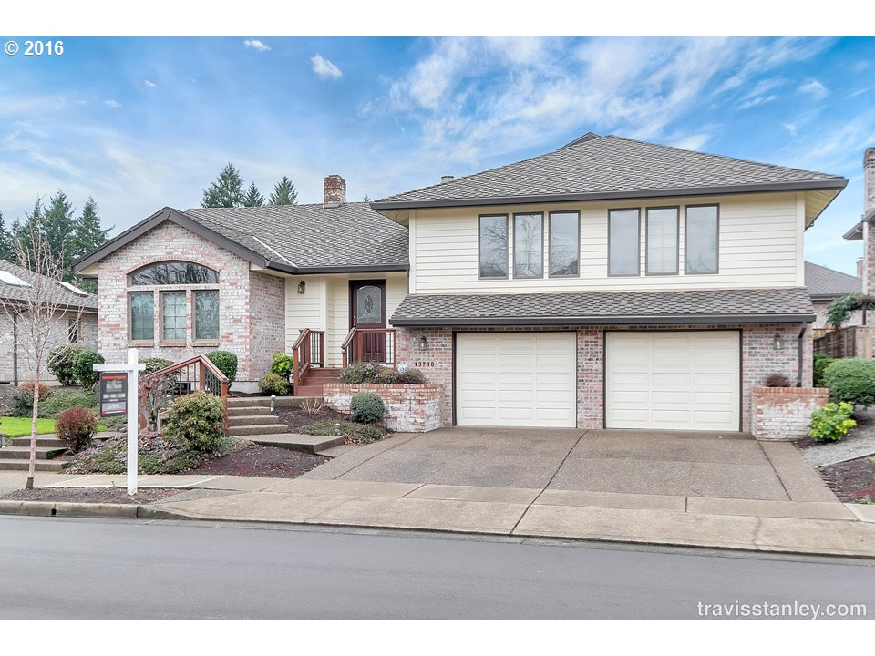 13710 SW Hiteon Dr, Beaverton, OR