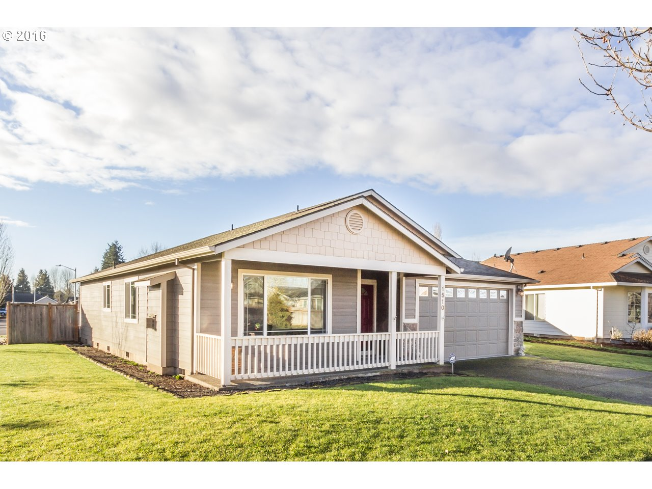 1510 W Lincoln St, Woodburn, OR