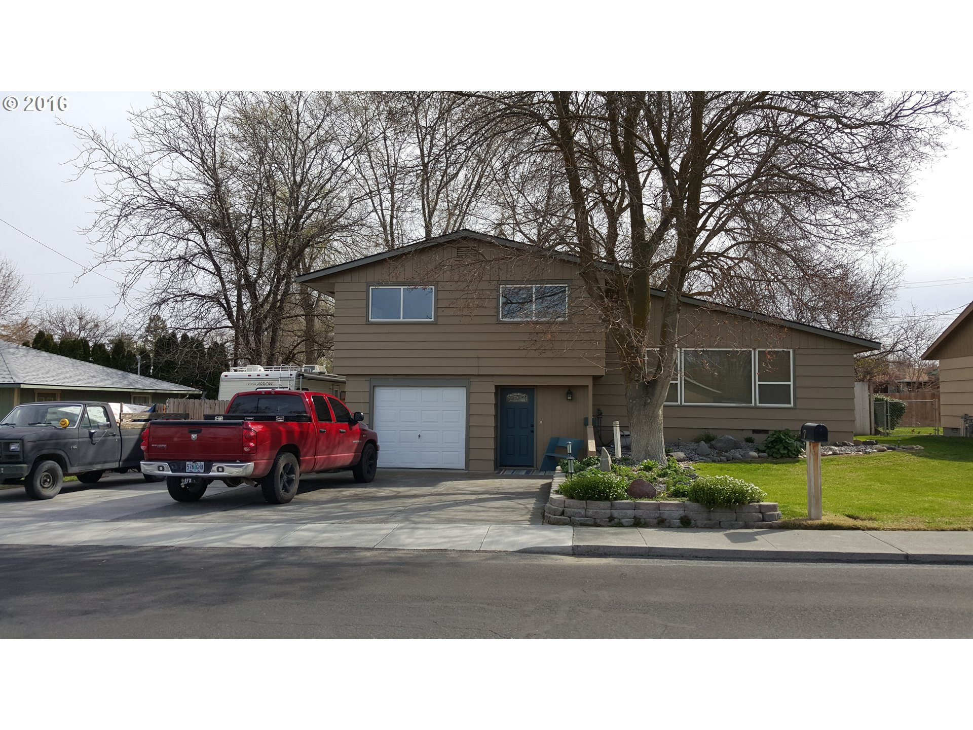7 SW Cedar Dr, Hermiston, OR