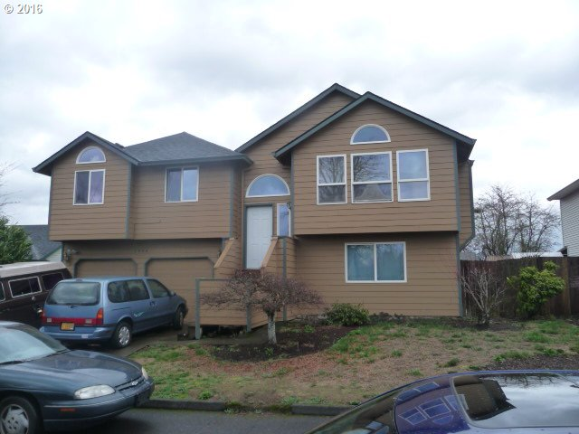 1004 SE 123rd Ave, Portland, OR