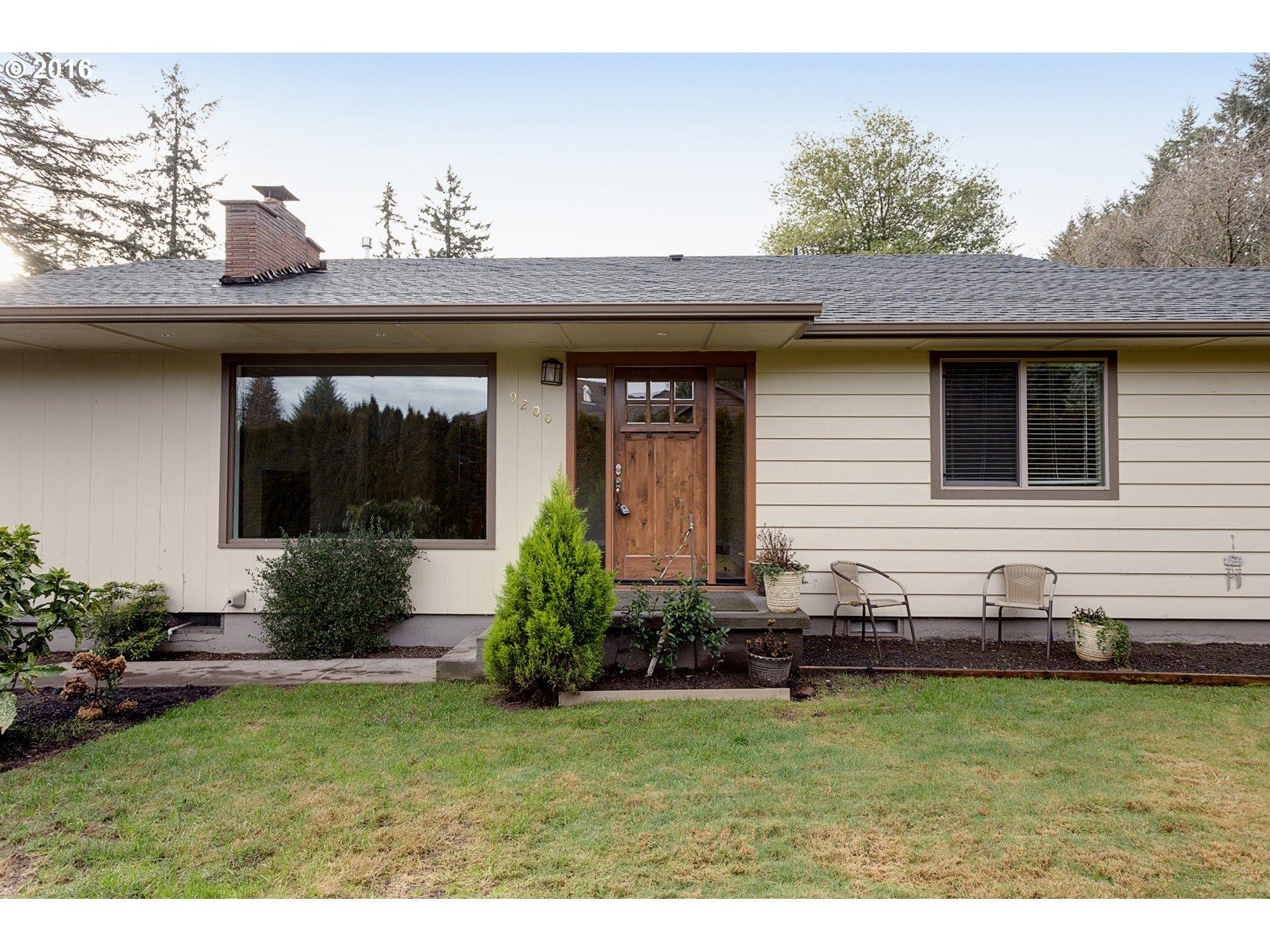 9200 SW Edgewood St, Portland, OR