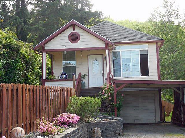 563 S 12th, Coos Bay OR 97420