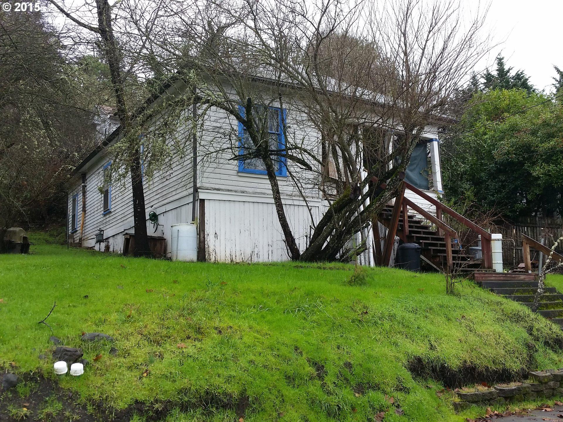 319 SE Ella St, Roseburg, OR