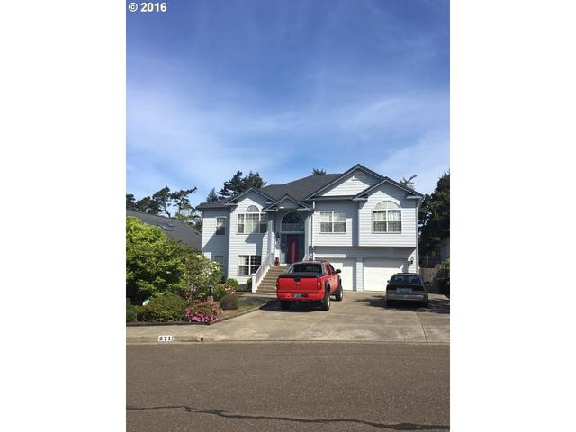 871 8th St, Florence, OR
