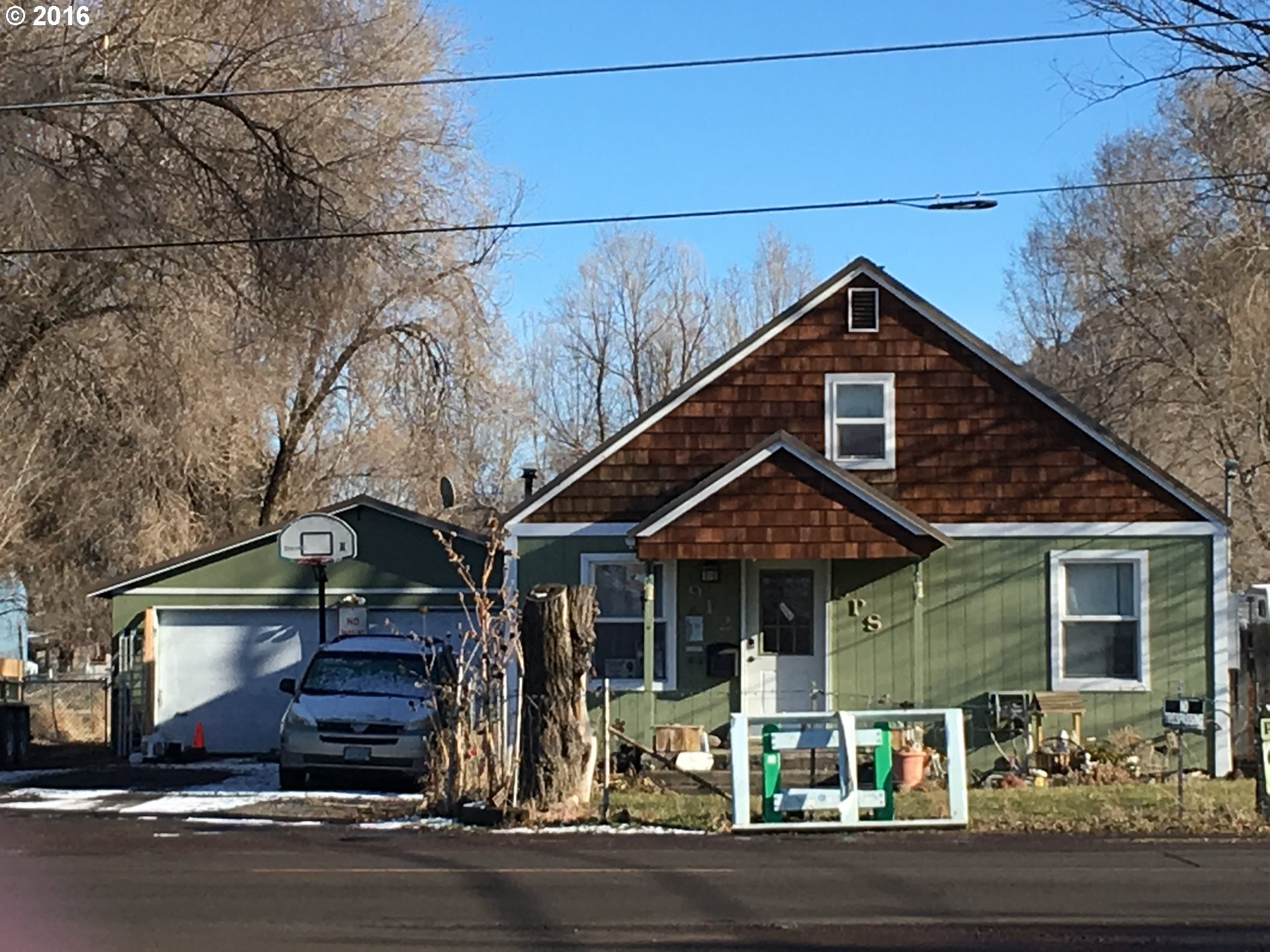 912 SE Combs Flat Rd, Prineville, OR