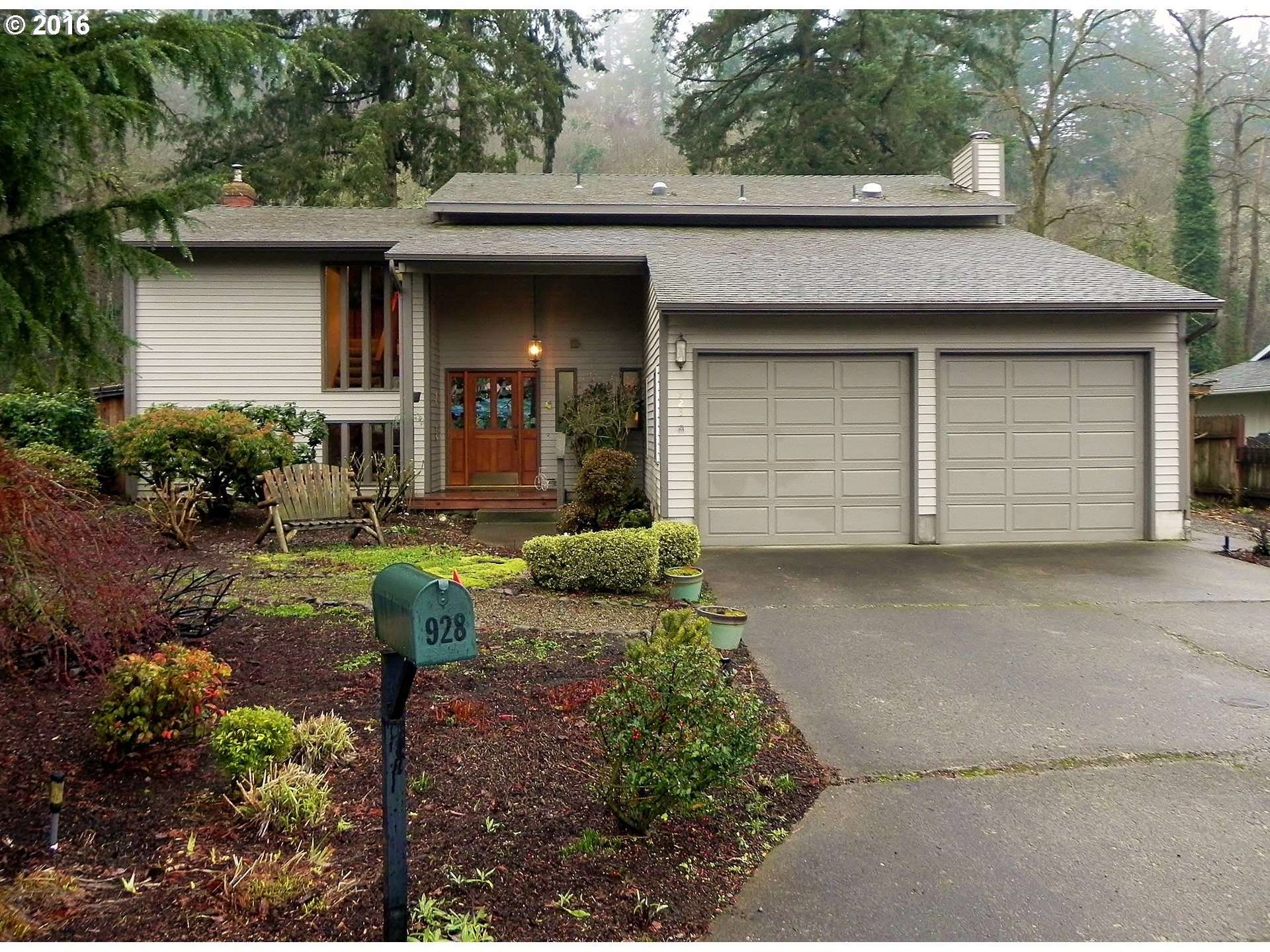 928 Barger St, Silverton, OR