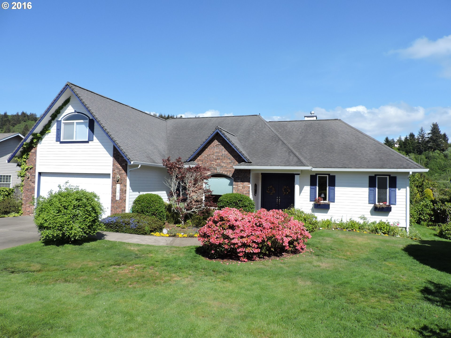 3 Onadoone Ct, Florence, OR