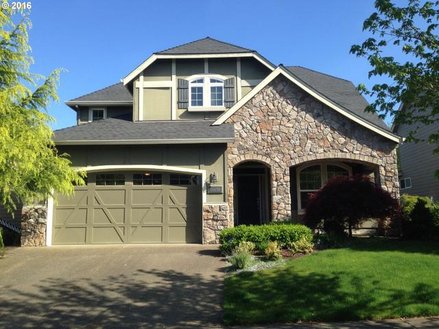 11851 SE Aerie Crescent Rd, Happy Valley OR 97086