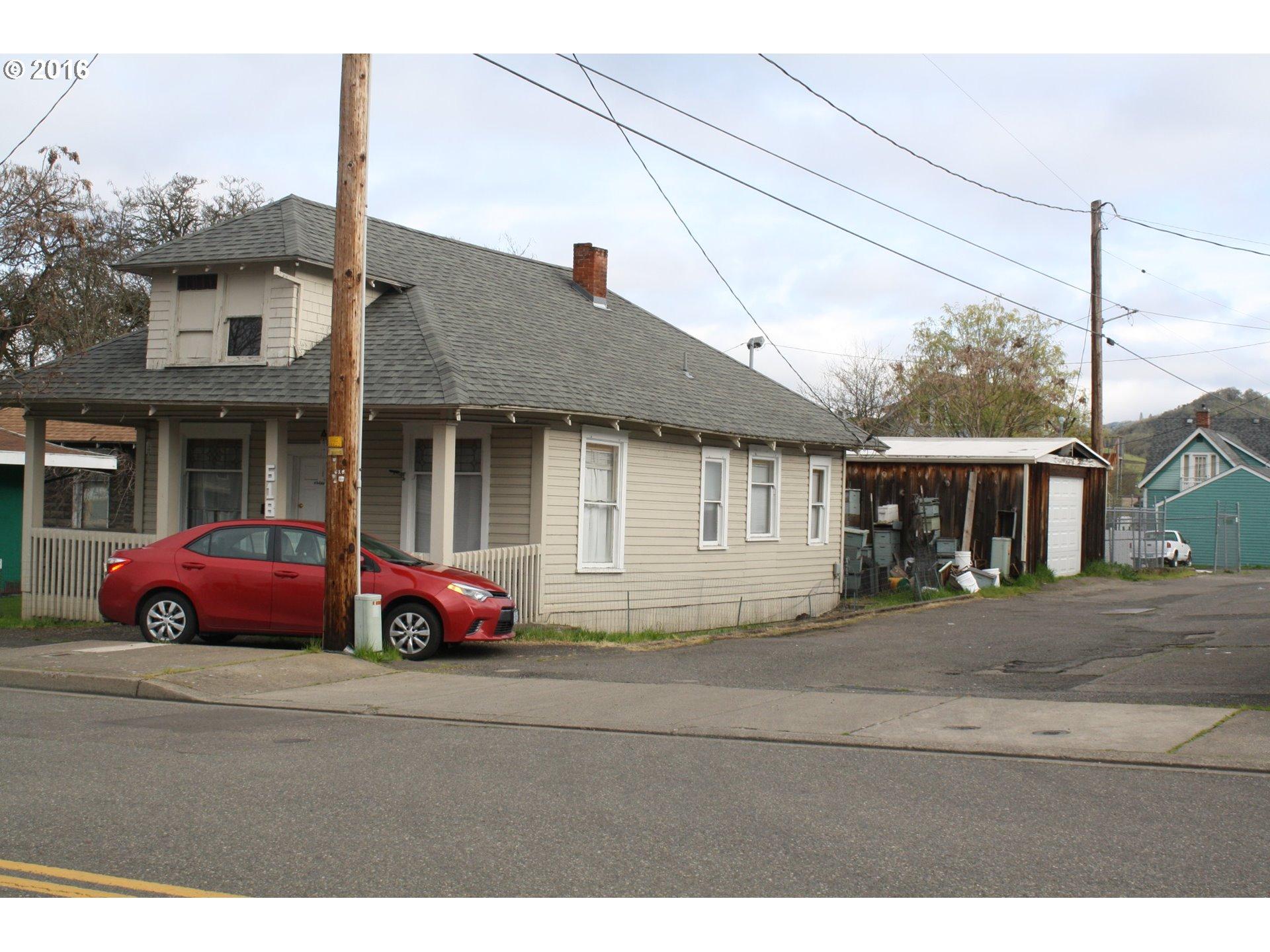 618 SE Woodward Ave, Roseburg, OR
