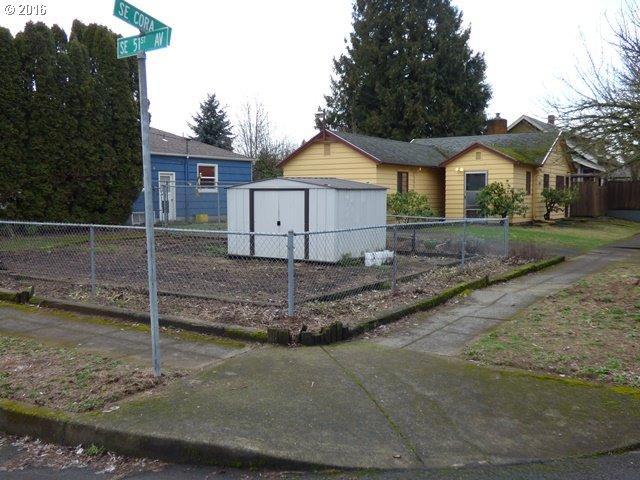 5032 SE Cora St, Portland OR 97206