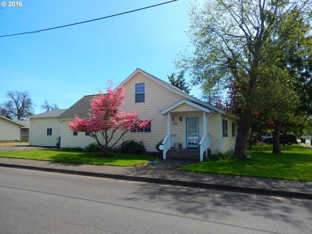 441 E 3rd Ave, Junction City, OR
