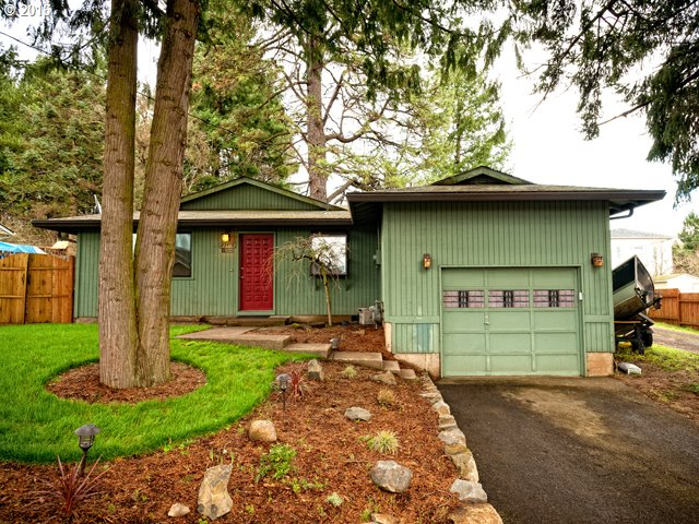 23418 SW Pine St, Sherwood, OR