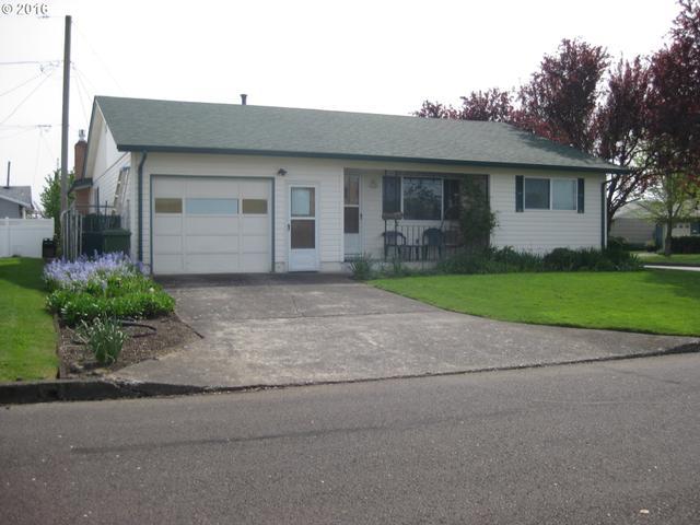 1394 Hampton Way, Woodburn OR 97071