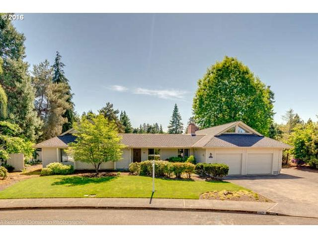 2127 NW Saint Andrews Dr, Mcminnville, OR