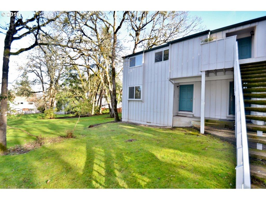 2205 Hawkins Ln, Eugene, OR