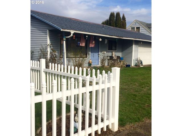 1245 NE 10th Ave, Mcminnville, OR